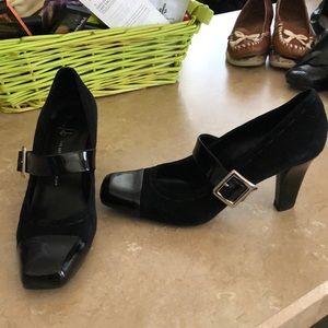 Franco Sarto Black Suede & Patent Heels Sz 11